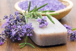 Naturseife mit Lavendel