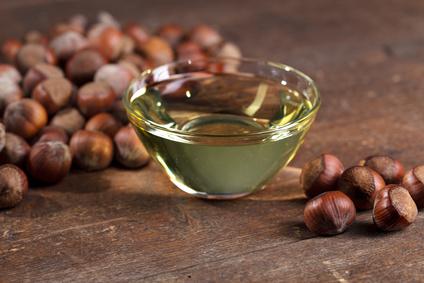 Seife selber machen mit Haselnussöl