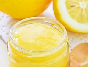 Peeling mit Zitrone selber machen