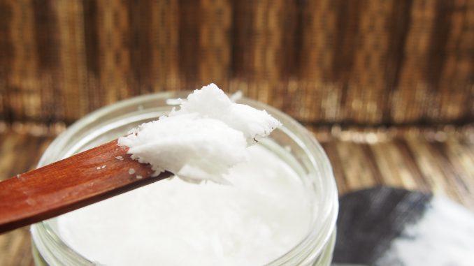 Kokosöl für Haare , Haut und Körper